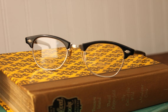 Vintage black cat eye frames, reading glasses, Optical