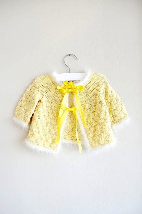 vintage 1950s sweater : CANARY YELLOW fluffy white (12mo)
