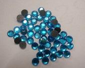 200 x 3mm Capri Blue hotfix / iron-on rhinestones