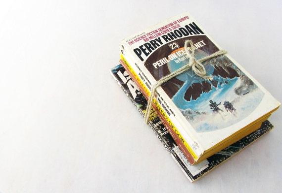 Vintage Hard Sci Fi - Asimov, Mahr, McCaffrey, Voltz, Norman - Paperback Book Mini-Collection