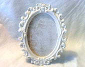 Small Oval Ornate Frame, Cream, You Choose Frame, Table Top Frame, Ornament, Neo Magnet, Chalkboard, Quote