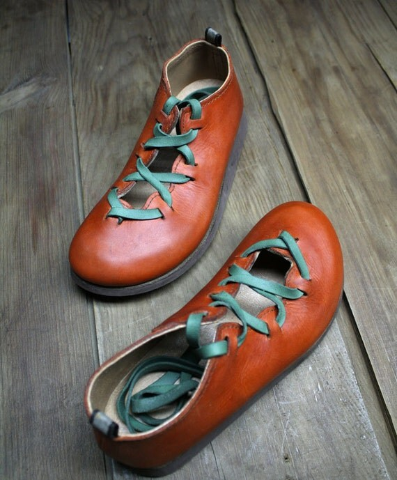 MACHADO SHOES/ Roman shoes, handmade with a soft and strong leather cow, unique pair
