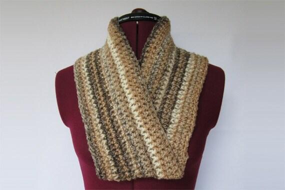 mobius scarf beige stripe