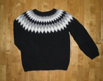 Size 3XL ready to ship, Icelandic sweater/Pullover for men, Traditional Icelandic Lopapeysa.