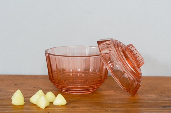 french pink candy dish, bonbonnière,  or sugar bowl depression glass 1920's