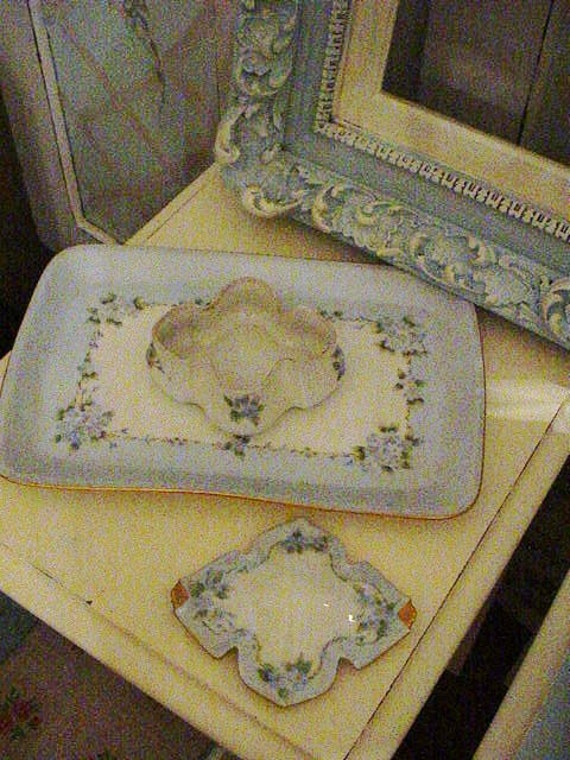 Antique Vanity Jewelery Box Porcelain Hand Painted Forget Me Nots Chic Romance