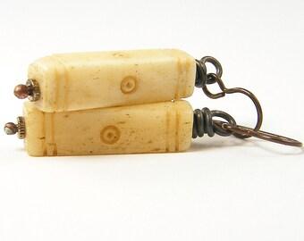 Bone Earrings Carved Tribal Cream Tan Ivory Color Earrings Rustic Dark Brass Wire Wrapped Jewelry |EC3-45
