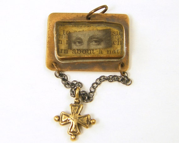 Mixed Metal Pendant Mona Lisa Eyes Text Words Resin Cross Rustic Assemblage Charm Token Jewelry