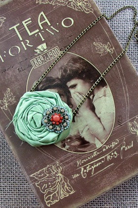 Cassidy Green Satin Rose Fabric Flower Necklace