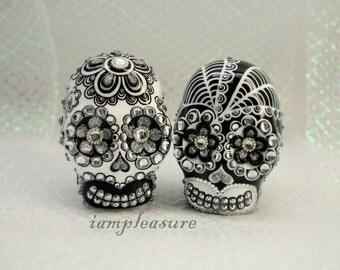 Skull weddings cake topper handmade bride and groom Black & White