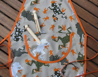 CLEARANCE 50% OFF - Children's full apron age 2 to 4 cotton print with frogs