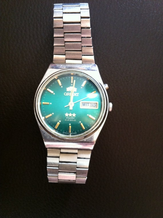 CLEARANCE SALE Orient  stainless steel  green vintage watch
