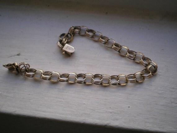 Vintage 1970s 14K Solid Gold Stamped Charm Bracelet (damaged)