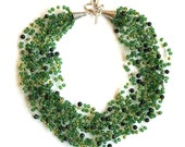 Emerald green serpentine gemstone crochet airy necklace with seed beads boho style