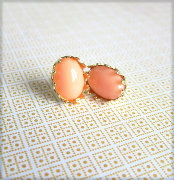Coral Pink Studs Earrings Peach Apricot Post Earring Salmon Pink Orange Studs Post Earrings - Retro Romantica