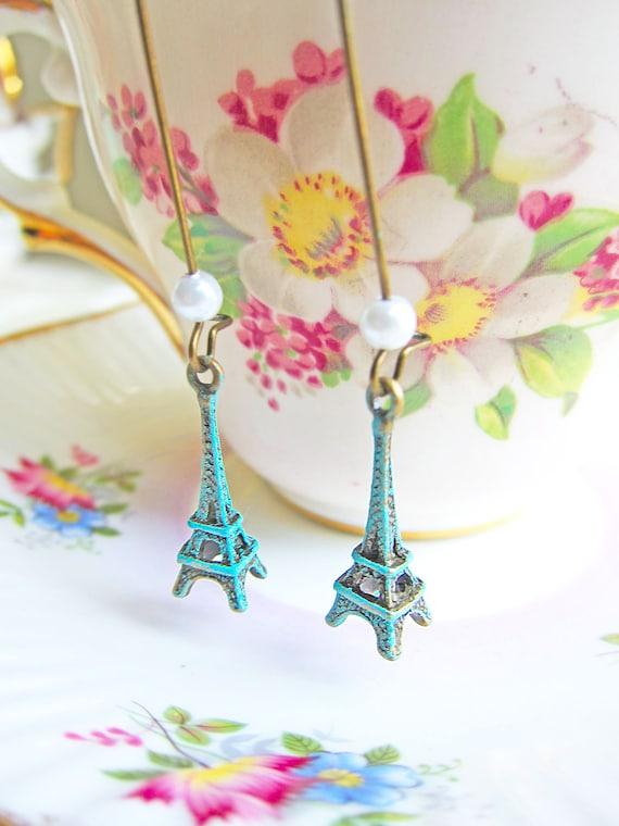 Patina Eiffel Tower Earrings Mint Green Patina Earrings Pearls and Kidney Loop Wire Dangling Earrings - Meet me by the Trocadero