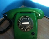 20% discount Vintage rotary telephone from the 70's (green)