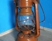 Vintage railroad lantern (brown)