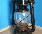 Vintage railroad lantern (black)