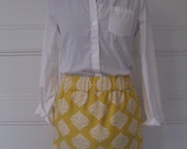 White and Yellow Medallion-Print Skirt with Elastic Waist