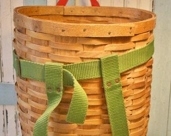 Vintage Fishing Basket 1930's Excellent Condition