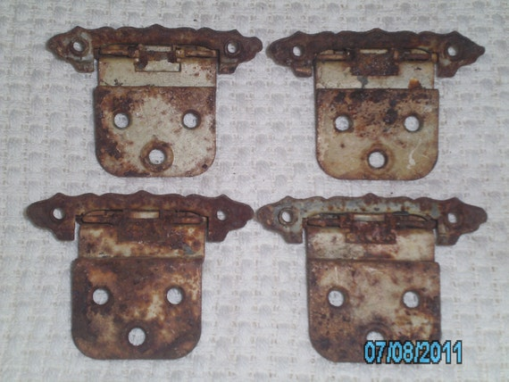 ARCHITECTURAL SALVAGE Rusty HINGES