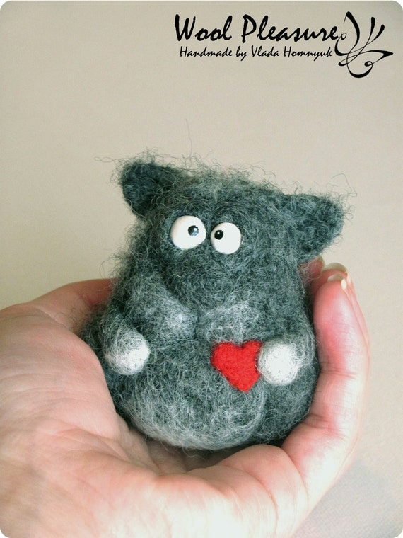 Needle Felted Toy - Small Gift with Big Love -Little Pussy