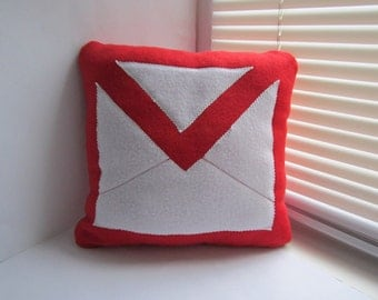 12x12 Handmade Gmail icon Pillow - 12x12 Red Geekery Pillow - Cojín gmail - Kissen gmail - Coussin gmail - Cuscino gmail