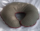 Boppy Cover - Houndstooth with Red Cording