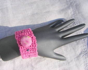 Pink Crochet Bracelet with Beads and Button