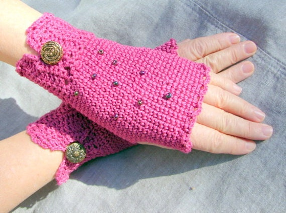 Valentine fingerless gloves in hot pink and cotton crochet