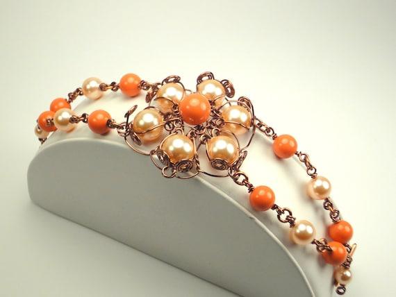 Coral And Light Peach Wire Wrapped Flower Bracelet/Fashion Bracelet/Party/Swarovski Bracelet/Vintage Bracelet/Antique/Summer