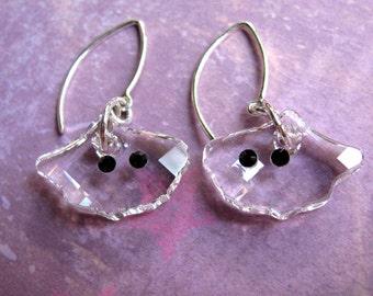 Ghost Earrings, Halloween Earrings, Swarovski Earrings, Halloween Ghost Earrings, Spooky Earrings, Dangle Earrings, Holiday Earrings