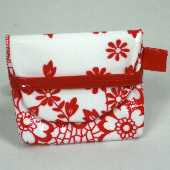 Red Lacy Mini T-Pouche w/ Tab by Dos Chicas
