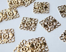 12 Scalloped flat square floral motif shiny gold connector link or focal piece 16x16mm 5128FY