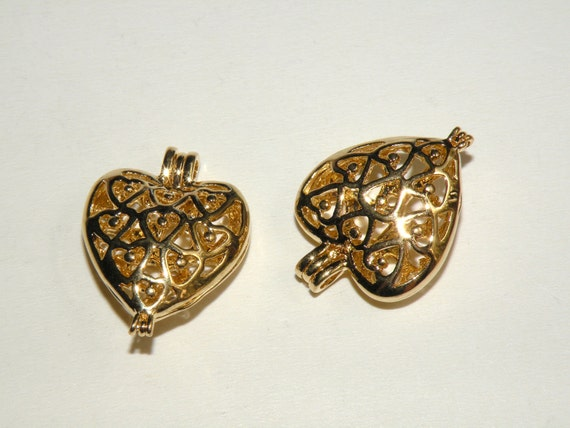 1 Locket charm heart cage filigree drops shiny gold plated brass 18.5x18mm 1351FX