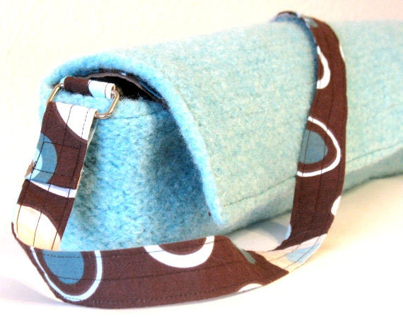 Flute Case - Felted, Light Blue with Brown Patterned Lining and Adjustable Strap