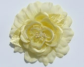 RESERVE FOR BW - Elegant Creamy Pale Yellow Rose Hairclip