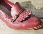 Sale 50% Off - Vintage Red / Brown 1970s Ladies Heeled Tassel Loafer Shoes - UK 6.5 - USA 9  - EU 40