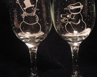 Etched  Snowman wine glass Christmas Design