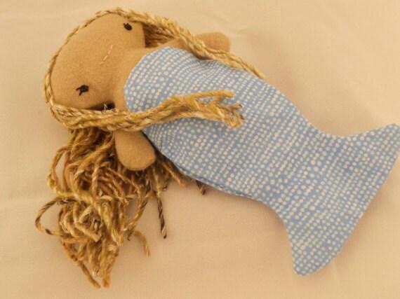 Wee Wonderfuls Pocket Mermaid Doll