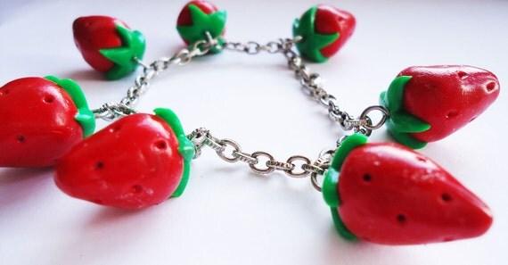 Cute BRACELET - Strawberries
