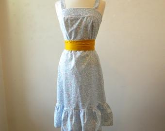 Vintage Floral Sundress / Blue Pastel Lace Ruffle / M