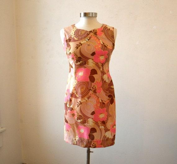Mini Dress / 1960s Dresses /  Mad Men Dress / Spring Dresses / Sleeveless Sheath