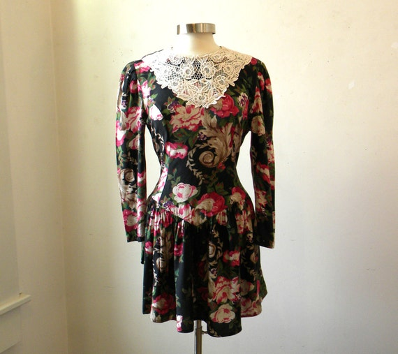 Floral Dress Lace Collar / Grunge Goth Neo Victorian / Black Roses 80s M