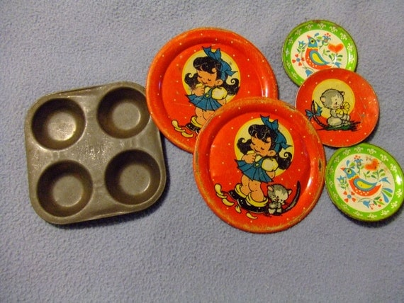 Tin Dishes Doll Tea Party Mixed Lot Plus Small Cupcake Pan