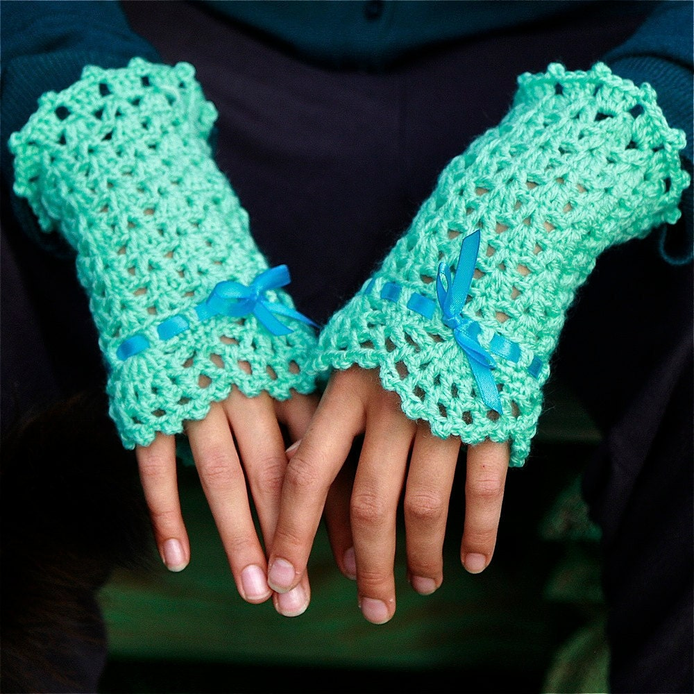 Crochet Wrist Warmers with Lace Edging PDF PATTERN