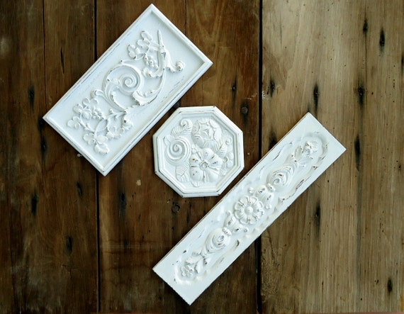 Vintage Wall Plaques Homco Hanging Ornate White Floral Upcycled Painted Art Panels Decor Cottage Shabby Chic Applique Embossed Retro Set