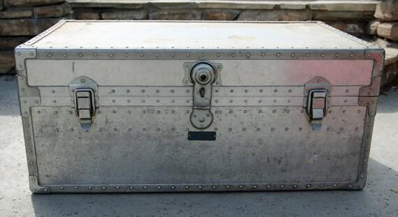 Metal Shipping Trunk K.K. Yoshdia Seisakusho  From Japan