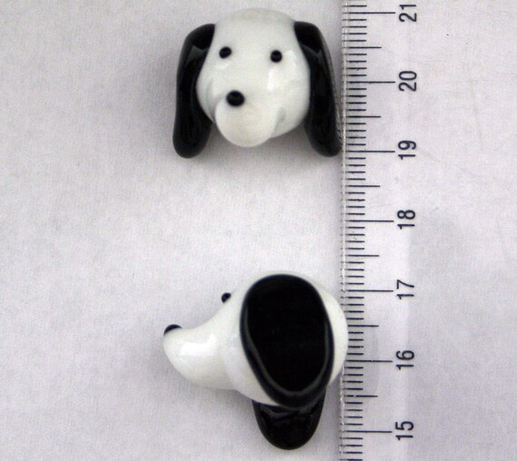 Dog Design Lampwork Glass Bead 20mm Height (2 beads pack)(L01021)